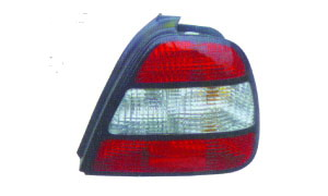 LEGANZA '97 TAIL LAMP
