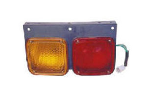 NISSAN TRUCK CH520  TAIL LAMP