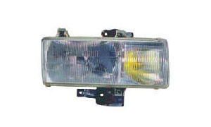 NISSAN TRUCK PK250'95  HEAD LAMP