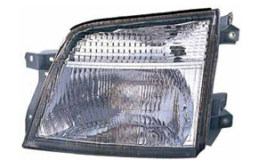 URVAN / CARAVAN E-24 '02 E-25 '05 HEAD LAMP